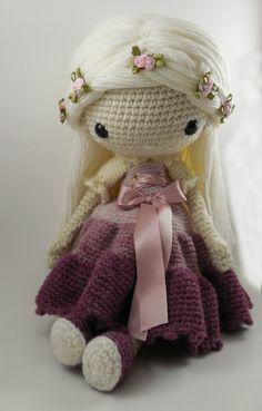 Victoria Amigurumi Doll Crochet Pattern PDF by CarmenRent on Etsy ♡ lovely doll