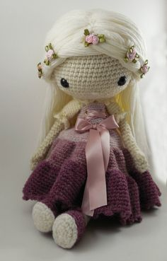 Victoria Amigurumi Doll Crochet Pattern PDF by CarmenRent on Etsy ♡ lovely doll