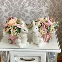 Easter Table Decorations, Happy Easter, Spring, Diy, Happy Quotes, Home Decor, Bunny Rabbit, Easter Decor, Cold Porcelain