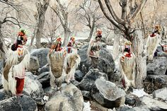 Antes que se extingam - Jimmy Nelson  Cerca de 2.500 Drokpas vivemem três pequenas aldeias em um território disputado entre a Índia e o Paquistão.   http://sergiozeiger.tumblr.com/post/88796446843