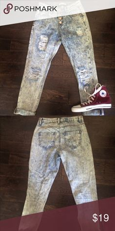 Distressed High Waisted Jeans 🌿 Worn once. Size 0 but more like size two. Distressed.  High waisted .💟Outfit Inspiration: Summer , every day.  👰Help my fiancé and I save up for our wedding! 📦All purchases are shipped carefully and thoughtfully  🚭Smoke- free home ❗️Bundle to save on SHIPPING & TOTAL  💁Serious and reasonable offers only (no more  than 10% of listing price!)  ✅Suggested User, shop with confidence 🚫NO TRADES 🔁️Sharing is caring refuge Jeans Ankle & Cropped