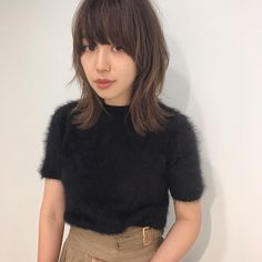 いいね!323件、コメント3件 ― yurika hinataさん(@yurikahinata)のInstagramアカウント: 「先日 @takashionozaka さんにcut していただきました。✂︎ ワイドに切り込んだマッシュウルフスタイルに。いつもありがとうございます♡ . @shima_receptionist…」