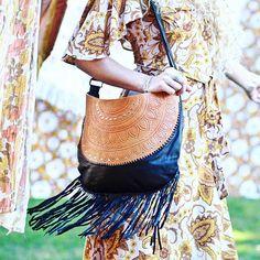 •>>VINTAGE INSPIRED<<• love this shot of our Black and Tan Magnolia Bag from @lovestdesigns latest look book 🌻 www.mahiya.com.au #mahiya #boholuxe #boholuxe #gypsy #vintageinspired #boholife #bohobag