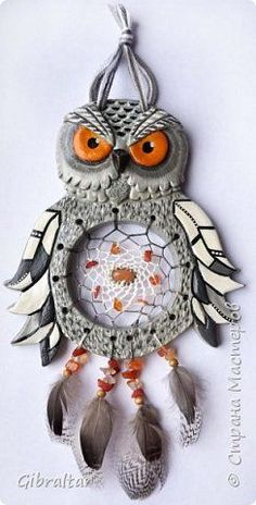 Clay Art Projects, Clay Crafts, Diy Arts And Crafts, Fun Crafts, Sun Catchers, Polymer Project, Polymer Clay Kunst, Pinstriping, Owl Art