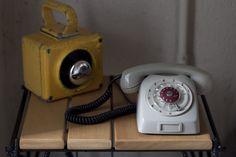 Decoração de; Detalhes; telefones antigos; Casa de Valentina
