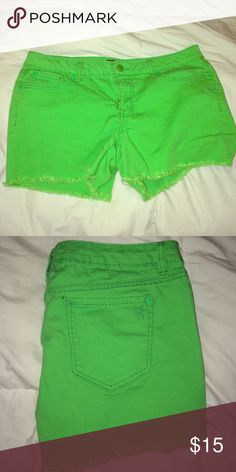 Lime Green Shorts New Condition | I wish they fit me but they are too big 😢 Jessica Simpson Shorts Jean Shorts