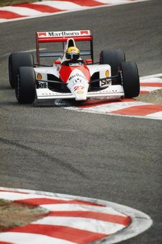 Ayrton Senna (Marlboro McLaren-Honda V10, MP4/5B). Qual: 1st. Race: 1st. Belgian GP, Spa, 1990. #F1