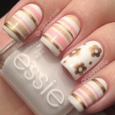 Looking for new nail art ideas for your short nails recently? These are awesome designs you can realistically accomplish–or at least ideas you can modify for your own nails! - Credits to the owner of the image - Fabulous Nails, Gorgeous Nails, Pretty Nails, Cute Nail Art, Beautiful Nail Art, Nagellack Party, Nails Polish, Red Polish, Striped Nails