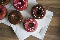 Ofen Donuts http://brunettemanners.at
