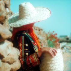 Saudi Arabia Culture, Traditional Clothes, Lady, Twitter, Women, Saudi Arabia, Woman