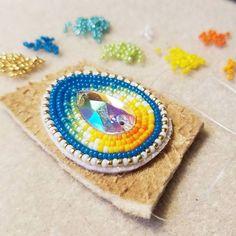 Currently in the works... #beadwork #nativebeadwork #nativebling #beadedbling #beadedearrings #beadingismedicine #metime