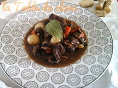 Boeuf Bourguignon Beef, Food, Beef Bourguignon, Greedy People, Dish, Red, Meal, Hoods, Ox