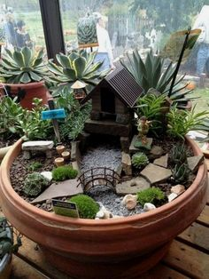 Amazing DIY Mini Fairy Garden for Miniature Landscaping 65 #LandscapeDIY  #landscapingdiy