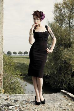 Pinup Couture - Jessica black dresshttp://topvintage.nl/en/vintage-retro/pinup-couture-jessica-black-dress