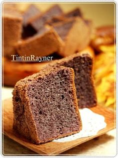 Chiffon Cake Ketan Hitam aka Black Glutinous Rice Chiffon Cake nikmat
