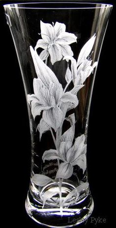 Cut Glass, Glass Art, Recycled Glass Bottles, Glass Engraving, Stained Glass Patterns, Glass Ceramic, Glass Containers, Glass Etching, Glass Design