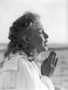 Marilyn Monroe at Tobay Beach, Long Island, Summer 1949 (Photographed by André De Dienes)
