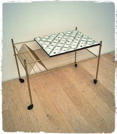 tag re vintage en rotin revisit e meubles vintage pinterest etagere vintage rotin et. Black Bedroom Furniture Sets. Home Design Ideas