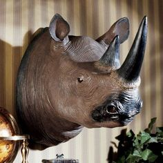 Design Toscano Black Rhinoceros Wall Trophy - NG32433