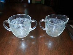 VINTAGE CREAMER & SUGAR BOWL SET CLEAR PRESSED GLASS INDIANA SANDWICH TIARA