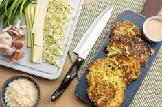 Fried Zucchini Cakes With Ricotta And Parmesan Cheese Fried Zucchini Cakes, Zucchini Fries, Creamy Mushroom Sauce, Creamy Mushrooms, Veg Dishes, Side Dishes, Healthy Meal Prep, Healthy Recipes, Healthy Food