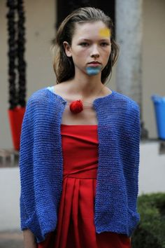 Not sure if I could get away with wearing a blue chin to work but I love this cardy!