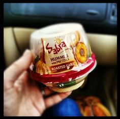 sabra_hummus_with_pretzels