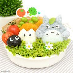 Totoro omusubi bento with Chibi and Sus ball