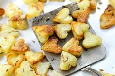 Lots of healthy Valentine's Day food ideas including these roasted potato hearts.