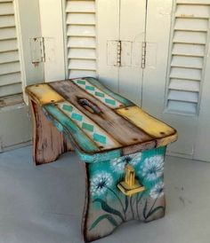 Blue Painted Furniture, Painted Benches, Funky Furniture, Upcycled Furniture, Kids Furniture, Painted Driftwood, Woodworking Inspiration, Pallet Art, Furniture Restoration