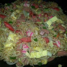 Dʻs Fried Saimin @keyingredient #soup #vegetables