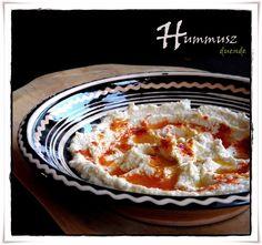 Hummusz Tahini, Macaroni And Cheese, Ethnic Recipes, Food, Elves, Cilantro, Mac And Cheese, Essen, Meals