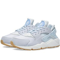 Nike W Air Huarache Run TXT ($140) ❤ liked on Polyvore featuring shoes, woven shoes, pastel shoes, nike shoes, white shoes and nike footwear