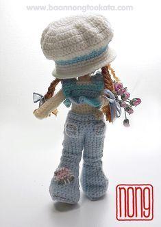 Amigurumi crochet doll wearing crochet jeans, fab! (Pattern available to buy on Etsy).