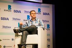 Moderando la mesa de deporte y redes sociales en iRedes 2013