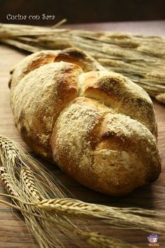 Ricetta treccia di pane, cucina con sara Ciabatta, My Favorite Food, Favorite Recipes, Braided Bread, Easy Bread, Zucchini Bread, Food Art, Bread Recipes, Food And Drink