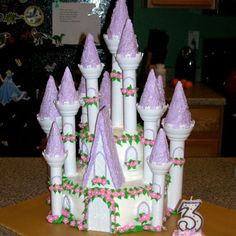Baking the perfect Dream Castle Cake #DIY