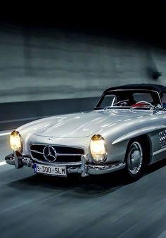 1957 Mercedes-Benz 300SL Roadster | R198 | Sport Leicht or Sport Light | 2nd Benz SL-Klasse Grand Tourer Convertible | 1858 units were produced between 1957 - 1963 |