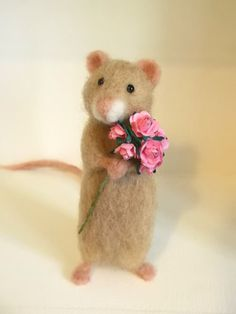 Needle Felted Mouse Little Maisie Mouse With Bouquet of Pink Roses by MrsPlopsShoppe