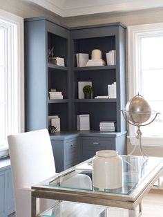 modern built in desk and cabinets | ... built-ins, gray built-ins, gray built-in cabinets, gray built-in