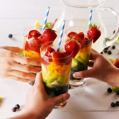 Moscato lovers, you need to know about Rainbow Sangria.You can find Sangria and more on our website.Moscato lovers, you . Refreshing Cocktails, Easy Cocktails, Yummy Drinks, Spring Cocktails, Sangria Recipes, Brunch Recipes, Cocktail Recipes, Recipes Dinner, Rhubarb And Ginger Gin