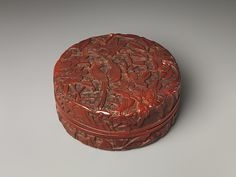Box with long-tailed birds and peonies | China | Ming dynasty (1368–1644) | The Met