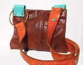 I like the Western feel to this bag
