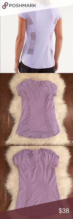 Lululemon sun sprinter tee Excellent condition soft stretchy material lululemon athletica Tops Tees - Short Sleeve