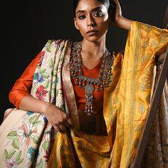 A Kantha classic from . Saree Blouse, Sari, Desi Wear, Tussar Silk Saree, Indian Designer Wear, Saree Wedding, Lehenga, Indian Fashion, Fashion Dresses