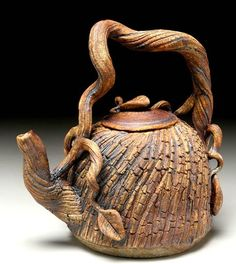 A texturized clay tea pot, created to look like wood, bark, or vines, by Maude Boleman of Black Mountain Pottery. Pottery Teapots, Teapots And Cups, Ceramic Teapots, Ceramic Pottery, Pottery Art, Ceramic Art, Grandeur Nature, Teapots Unique, Black Mountain