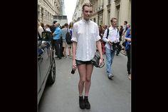 El short se usa con creepers y camisa abrochada hasta el último botón. Foto:Agustina Garay Schang