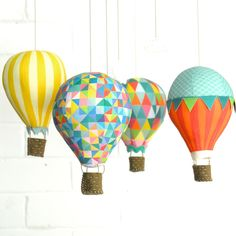 DIY Hot Air Balloon Mobile - Carnivale Luxe kit including: Pattern, fabric panel, pure wool felt, embroidery perle, dowel and trims. Balloon Crafts, Balloon Decorations, Diy Paper, Paper Crafts, Diy Crafts, Diy Hot Air Balloons, Diy Bebe, Creation Deco, Fabric Panels