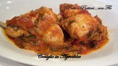 Il coniglio in agrodolce fa parte delle ricette siciliane classiche ed è il modo più apprezzato con cui cuocere questa carne bianca.  Poiché il conig