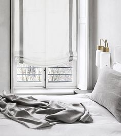 9 Staggering Useful Tips: Sheer Blinds Drapery Panels roll up blinds green.Patio Blinds Bedrooms types of blinds for windows.Types Of Blinds For Windows. Living Room Blinds, Bedroom Blinds, House Blinds, Blinds For Windows, Window Blinds, High Windows, Sheer Blinds, Grey Blinds, Modern Blinds